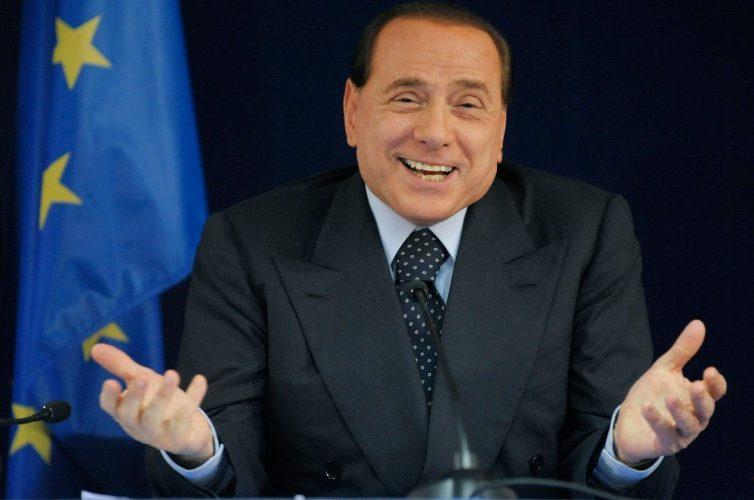 """Berlusconi: """"l'unico obiettivo è vincere!"""""""
